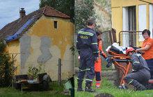 Dramatické sobotní dopoledne má za sebou rodina z Nové Vsi u Plzně. Na střechu jejich domu spadla zkušená parašutistka (23). Ve vzduchu zřejmě omdlela.