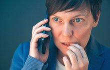 ŠMEJDI mění taktiku: Velká telefonní loupež!