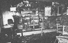 Neobvyklou tragédii vyšetřovali v listopadu 1965 kriminalisté Veřejné bezpečnosti v Harichovcích na východním Slovensku. V plamenech tam uhořel vedoucí místního pohostinství Jednoty Jozef Č.