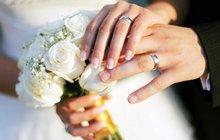 Přinucení k sňatku se stane novým trestným činem. Tři roky nebo peněžitý trest tak bude hrozit člověku, který přinutí druhého k uzavření manželství proti jeho vůli.