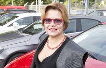 """Ivana Andrlová (56) bývala velká hvězda, pak ale přišel pád: """"Jsem hubatá a protivná! To mi zkazilo život..."""""""