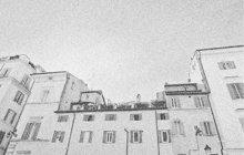 Speciální zlodějský nástroj si vyrobil koumák Jaroslav T. z Hrozenkova, bytem v Přerově. S jeho pomocí vykrádal byty a rodinné domky. O jeho dopadení informoval deník Polední list 25. března 1939.