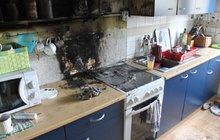 Požár bytu (na snímku) ve vodňanské ulici Petra Chelčického měl nečekaného viníka.