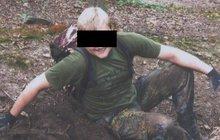 Vdova po hledači pokladů Denisi B. (†33, na snímku), kterého v roce 2014 zavraždil v Klánovickém lese Oldřich Konrád (51), podle soudu nemá na náhradu nemajetkové újmy nárok.