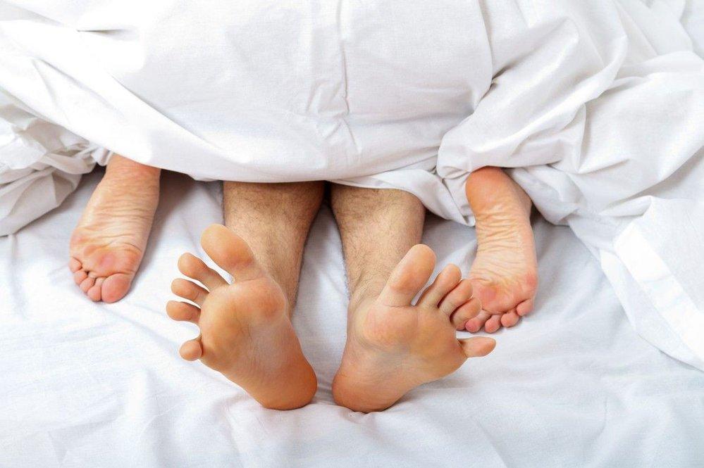 Češi začínají se sexem v 17 letech