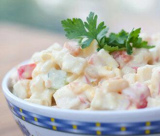 6 tipů na bramborový salát: tradiční i odlehčené verze