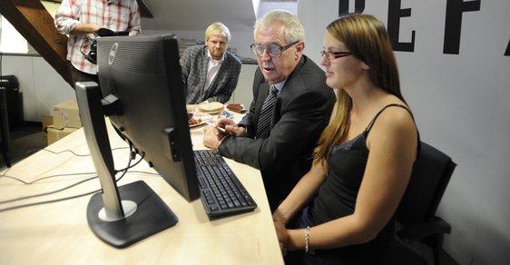 Už mám přes sto tisíc podpisů. Prezidentský kandidát Miloš Zeman odpovídal v on-line chatu čtenářům Reflexu