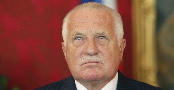 Prezident Václav Klaus v sobotu vyjádřil obavu nad tím, aby současná a následující generace nezapomněly, co se odehrálo 17. listopadu 1939.
