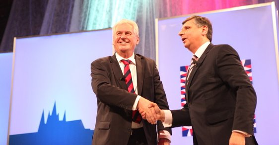 Televizní debata Miloše Zemana s Janem Fischerem
