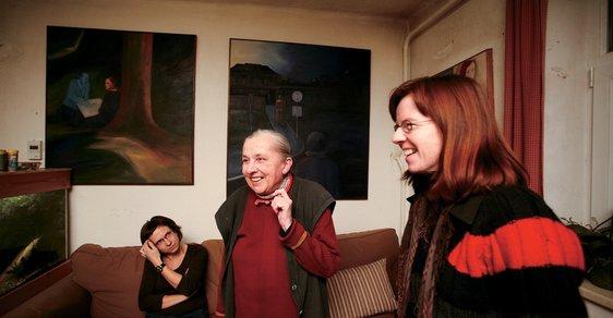 Marta, Juliana aFrantiška Jirousovy doma veStaré Říši