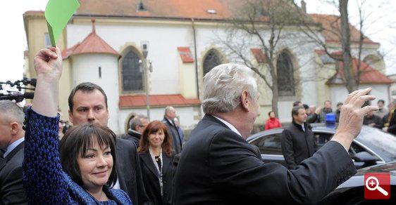 Ivana Zemanová drží zelenou kartu