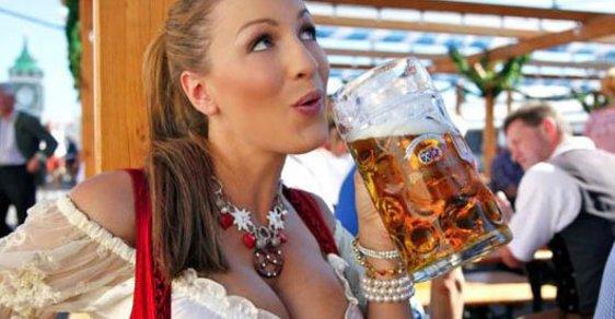 Na pivní Oktoberfest přišlo nejmíň lidí za posledních 15 let, ale vzrostl počet sexuálních útoků