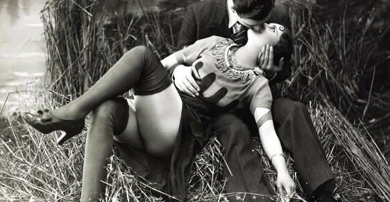 Jak vypadalo zakázané porno na pohlednicích z 20. let minulého století