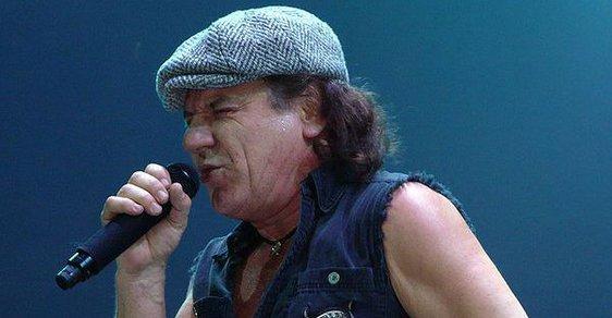 Konec AC/DC? Johnson ztrácí sluch, pražský koncert ve hvězdách