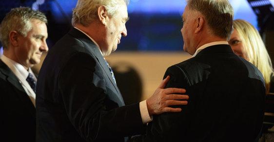 Jak si Zemanův přítel a spol. užívají na Západě a Rusům kážou obětování se pro vlast