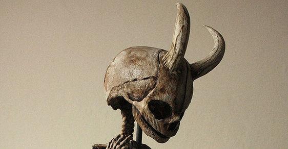 Draci a démoni? Podivné kostry z londýnského sklepení