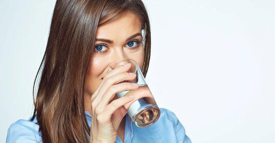 Pijeme mikroplasty?