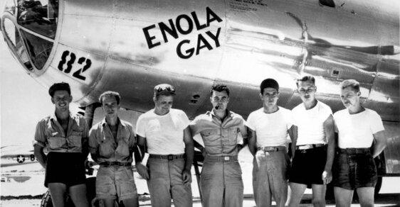 Posádka letounu Enola Gay, která svrhla pumu