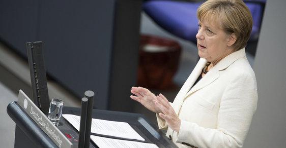 CDU/CSU kancléřky Angely Merkelové společně s SPD by už nezískaly ani polovinu hlasů německých voličů.