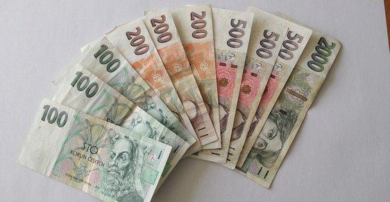 Češi prosázeli na britském referendu 6,3 miliony korun.