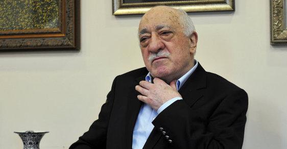 Fethullahu Gülenovi se podařilo ze svých příznivců vybudovat hnutí, jež má v Turecku několik miliónů členů a řadu dalších podporovatelů