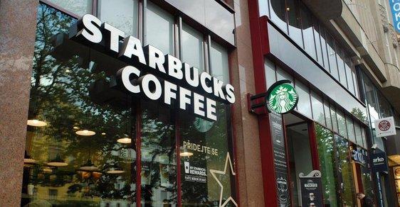 Řetězec kaváren Starbucks hodlá přijmout 10.000 uprchlíků