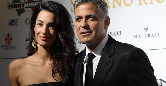 Manželka George Clooneyho chce dostat před soud členy IS. Obhajuje jejich bývalou sexuální otrokyni