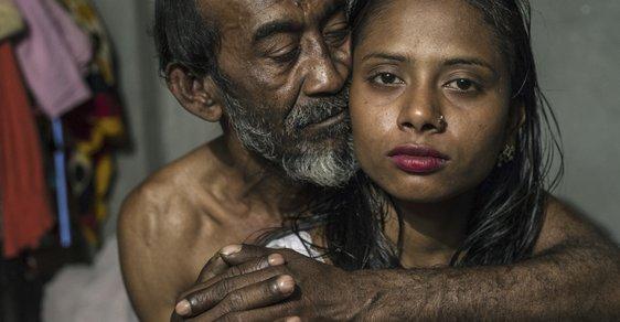 Život uvnitř nevěstince v Bangladéši? Peklo zachyceno na silných snímcích