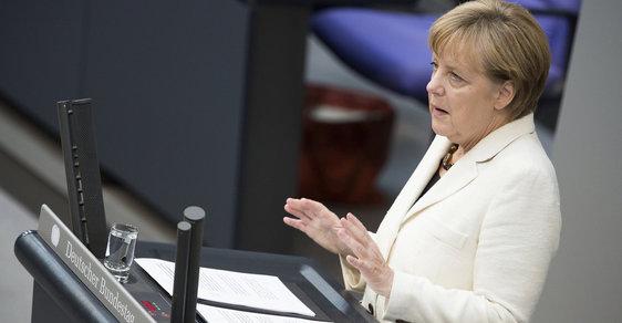 Německá kancléřka Angela Merkelová připustila, že Německo a další země Evropské unie udělaly jisté chyby při řešení uprchlické krize.