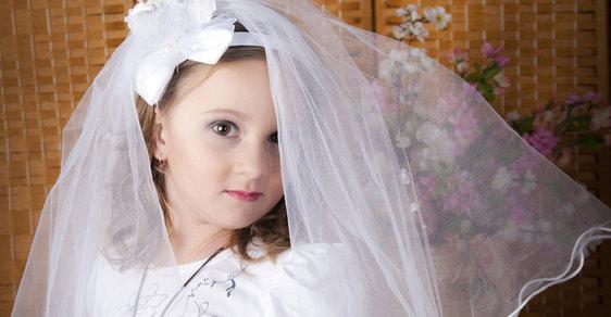 Uprchlíci přinesli nový fenomén: Německo řeší svatby s malými holčičkami