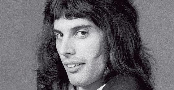 Freddie Mercury. Rodák ze Zanzibaru se stal největším zpěvákem od dob Elvise