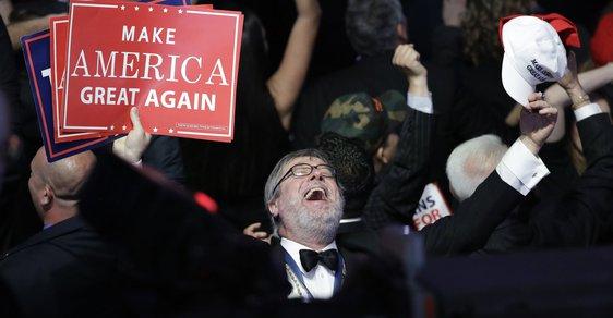 Prezidentské volby v USA: Sledovali jsme živě, jak si Amerika zvolila Donalda Trumpa