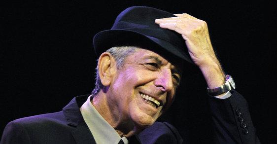 Zpěvák Leonard Cohen zemřel ve věku 82 let.