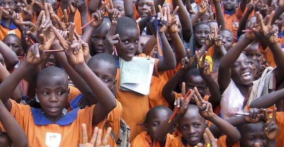 Benefiční happening pro ugandské děti školy Wakitaka