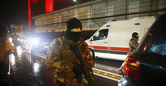 Turecký policista přežil prosincový útok, ale teď už štěstí neměl