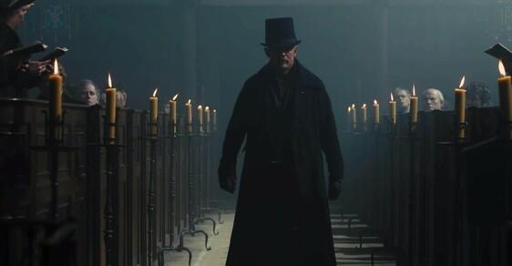 Tom Hardy a jeho nový seriál Taboo: Dickensem šmrncnutá gangsterka, dokonalá temnota v osmi dílech