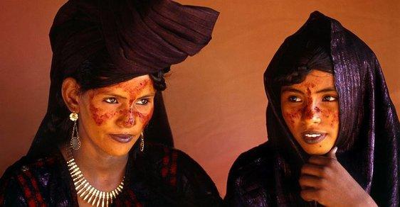 Muslimský kmen, kde o sexu rozhodují ženy. Saharští Tuaregové se vymykají pravidlům