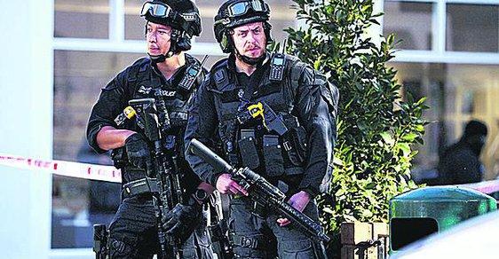 Teror v Londýně: Už mají pachatele?