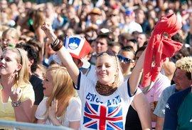 Euro 2012 je za rohem. Poslechněte si 5 nejlepších fotbalových písní podle Reflexu