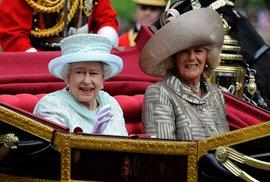 Svět slaví diamantové jubileum královny. Kousek Anglie je všude, kde se ujala demokracie