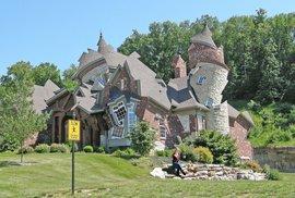Tohle nejsou ruiny. Architekt s duší umělce dekonstruoval domy