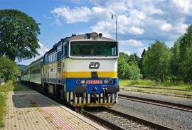 Cyklisté, nebojte se vlaků. Jaká pravidla platí pro přepravu kol na železnici?