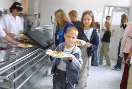 Vaří školní jídelny jenom blafy? Zjistíme to s vámi už dnes