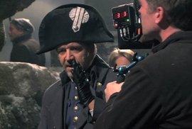 Bídníci mění pravidla, i Russell Crowe je musel zvládnout bez playbacku