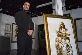 Vincent Castiglia s jedním ze svých kontroverzních obrazů.
