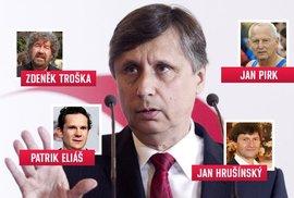 Kandidát Jan Fischer má samozřejmě mnohem více podporovatelů, než jen režiséra Zdeňka Trošku či kardiologa Jana Pikra. Všichni by se ale na fotku nevešli.