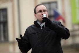 Jediné pozitivum přímé prezidentské volby: český árijec Vandas nesehnal podpisy!