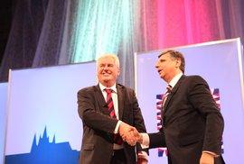 Vyhrál Fischer, rozhodl hlukoměr. Sledovali jsme on-line prezidentskou debatu Zeman vs. Fischer