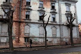 PETR HOLEC: Odvrácená tvář Teplic. Primátoru Kuberovi docházejí peníze a město začne žít na dluh