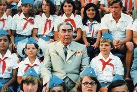 Mezi ruskými pionýry na letním táboře.
